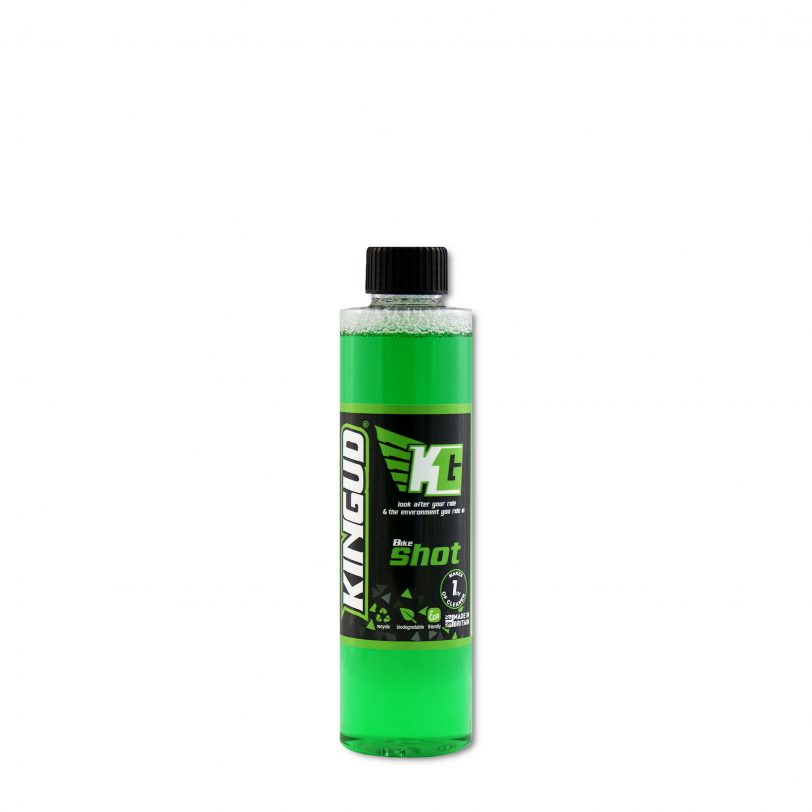 Kingud eco friendly bike cleaner in a concentrated shot